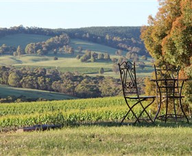 Courabyra Wines - Accommodation QLD