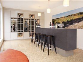 Tidswell Wines Cellar Door - Accommodation QLD