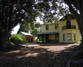 Heritage Hill Museum and Historic Gardens - Accommodation QLD