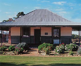 Albert Facey Homestead - Accommodation QLD