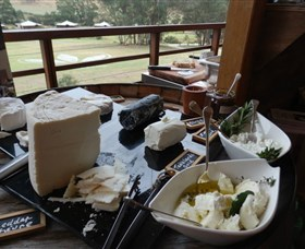 Jannei Artisan Cheese Makers - Accommodation QLD