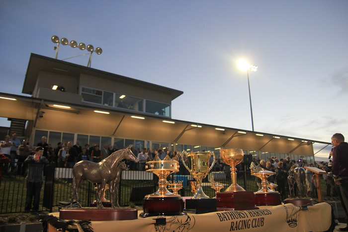 Bathurst Harness Racing Club - Accommodation QLD