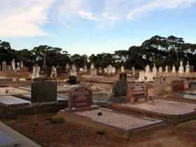 Langhorne Creek Cemetery - Accommodation QLD