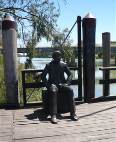 Captain John Egge Statue - Accommodation QLD