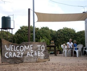 Crazy Acres - Accommodation QLD
