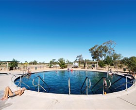 Lightning Ridge Bore Baths - Accommodation QLD