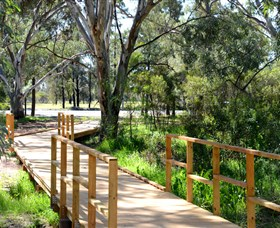 Green Corridor Walking Track - Accommodation QLD