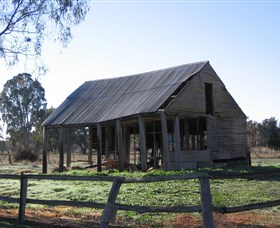 Cobb and Co Stables Morven - Accommodation QLD