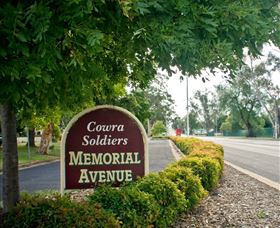Memorial Avenue in Cowra - Accommodation QLD