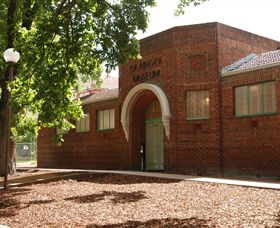 Grainger Museum - Accommodation QLD