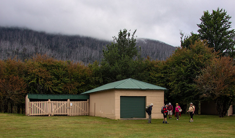Bullocks Hut - Accommodation QLD