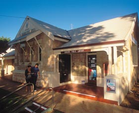 Dongara Heritage Walk - Accommodation QLD