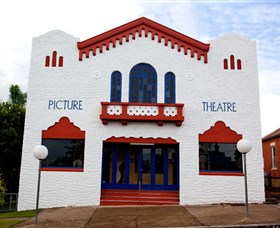 Dungog James Theatre - Accommodation QLD