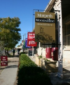 Morpeth Wine Cellars and Moonshine Distillery - Accommodation QLD