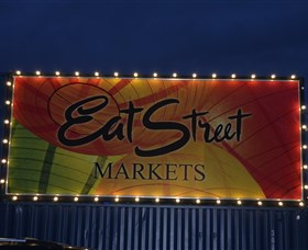 Eat Street Markets - Accommodation QLD