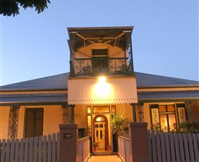 Grafton Regional Art Gallery - Accommodation QLD