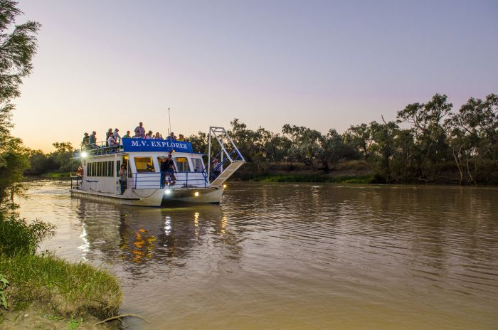 Outback Aussie Day Tours - Accommodation QLD