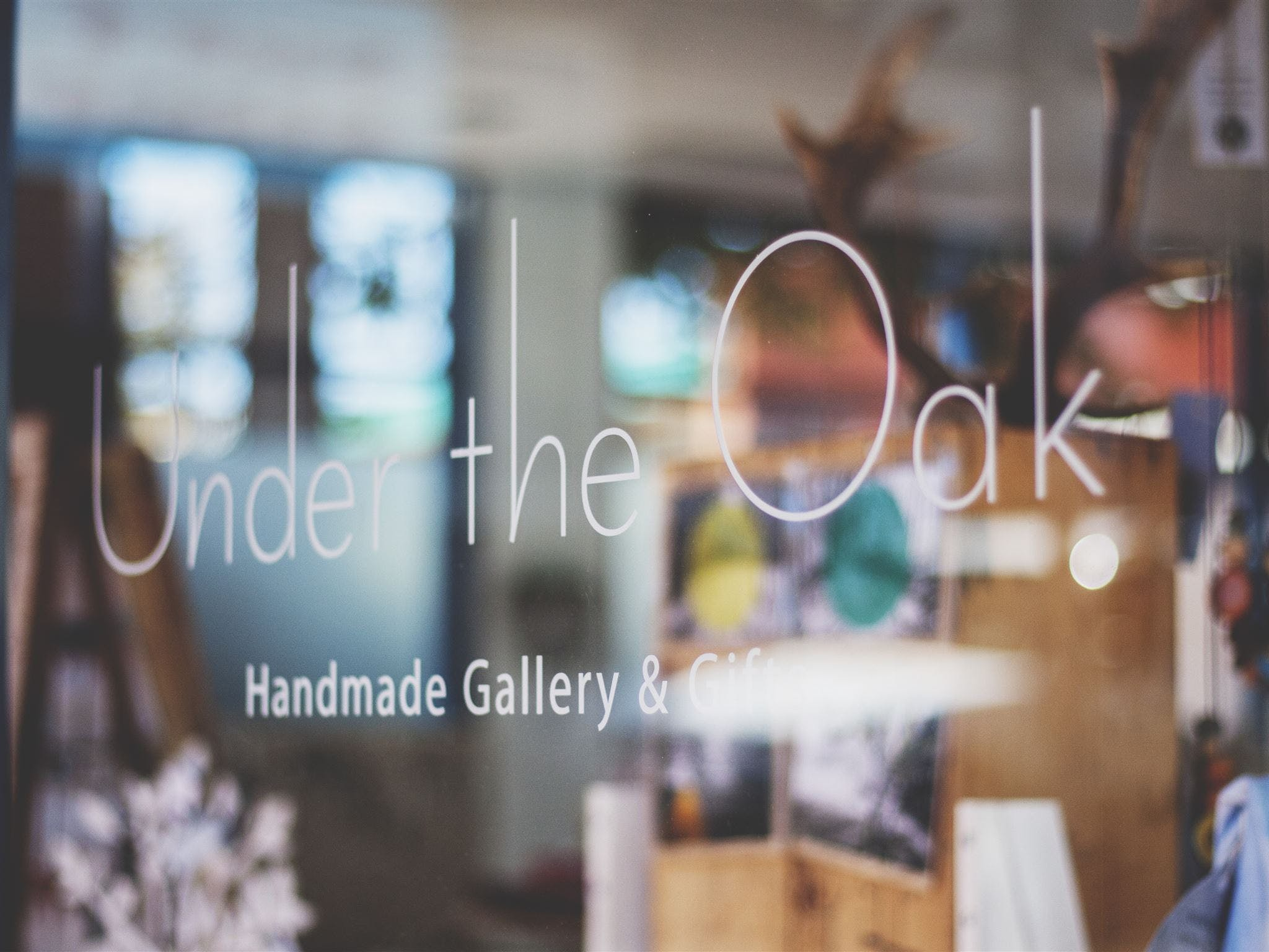 Under The Oak Handmade Gallery and Gifts - Accommodation QLD