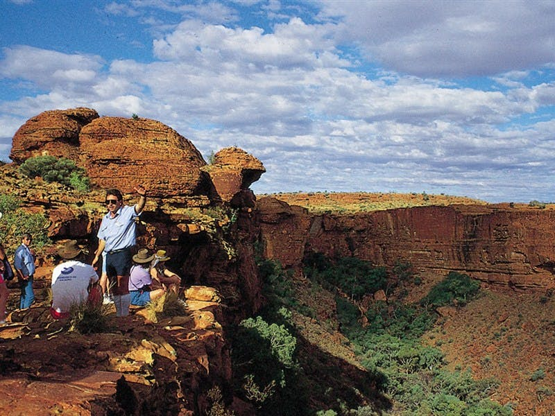 Kings Canyon - Accommodation QLD