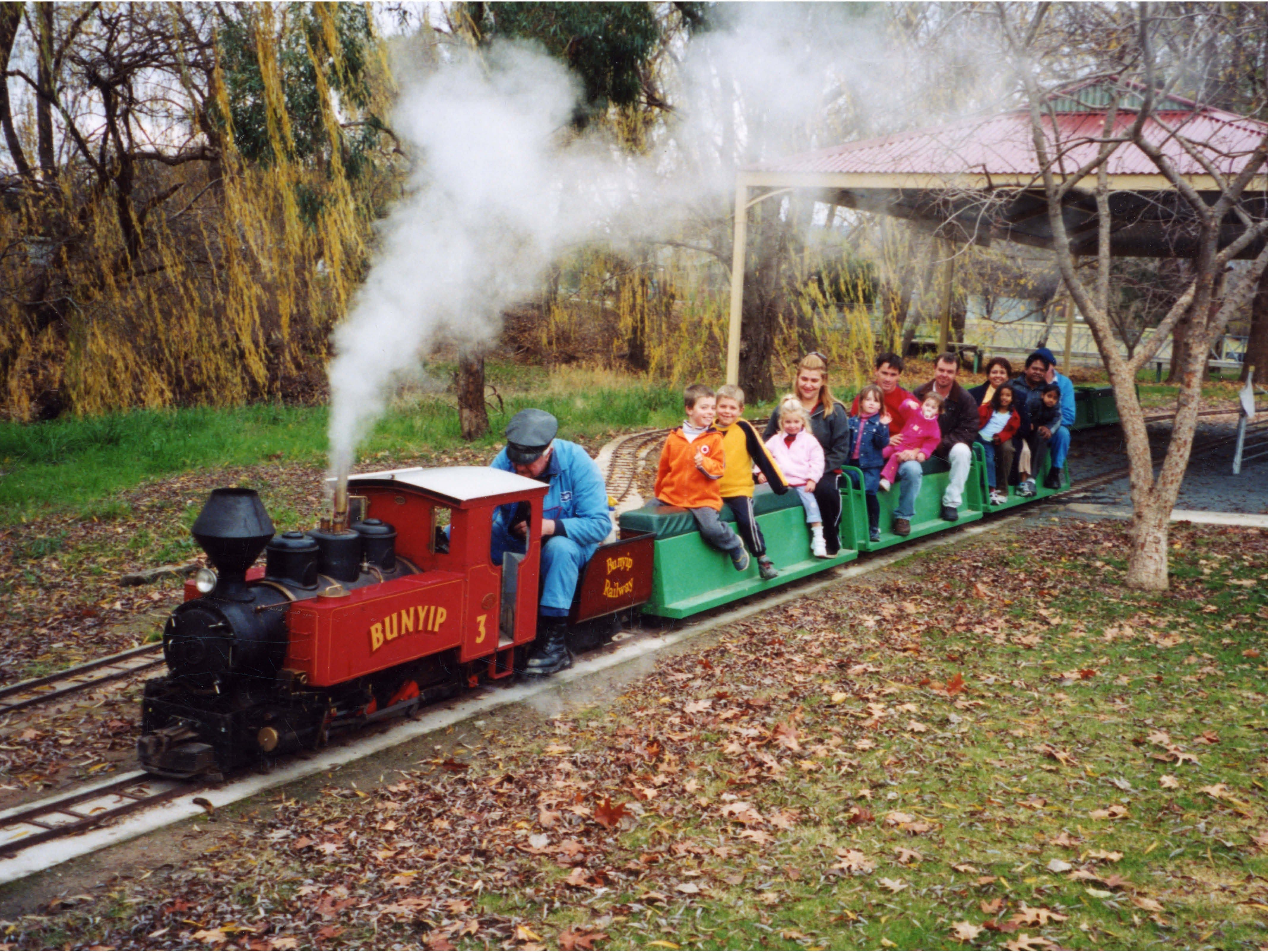 Holbrook Miniature Railway - Accommodation QLD