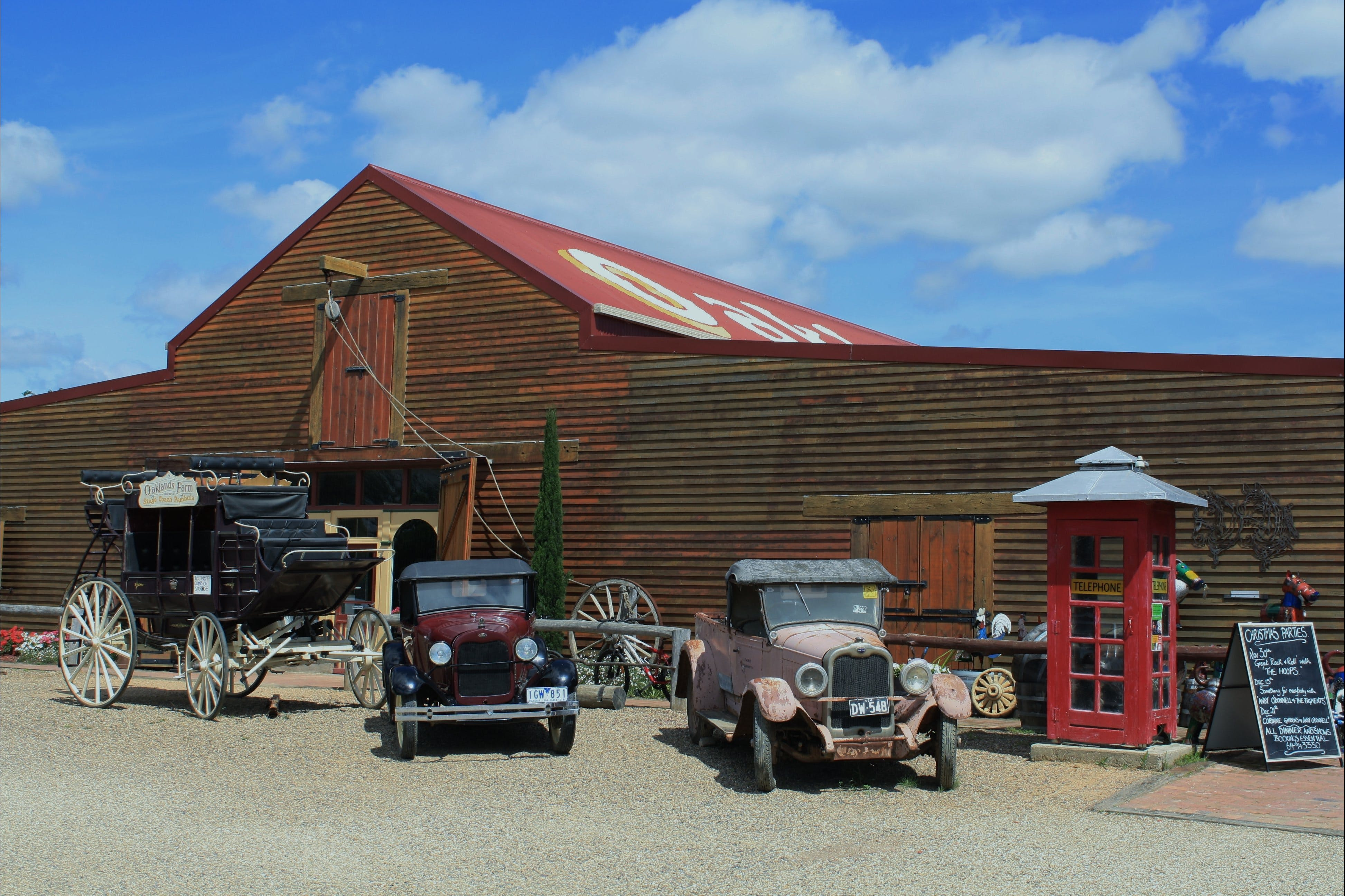 Oaklands Barn - Accommodation QLD