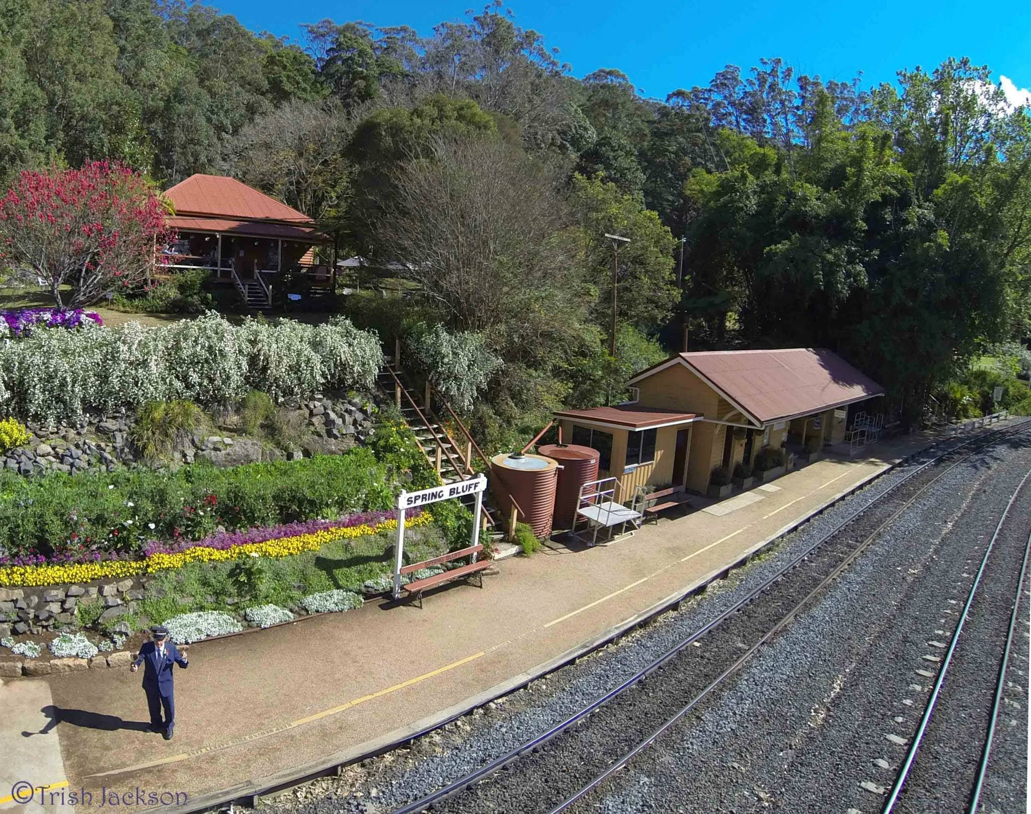Spring Bluff Railway Station - Accommodation QLD