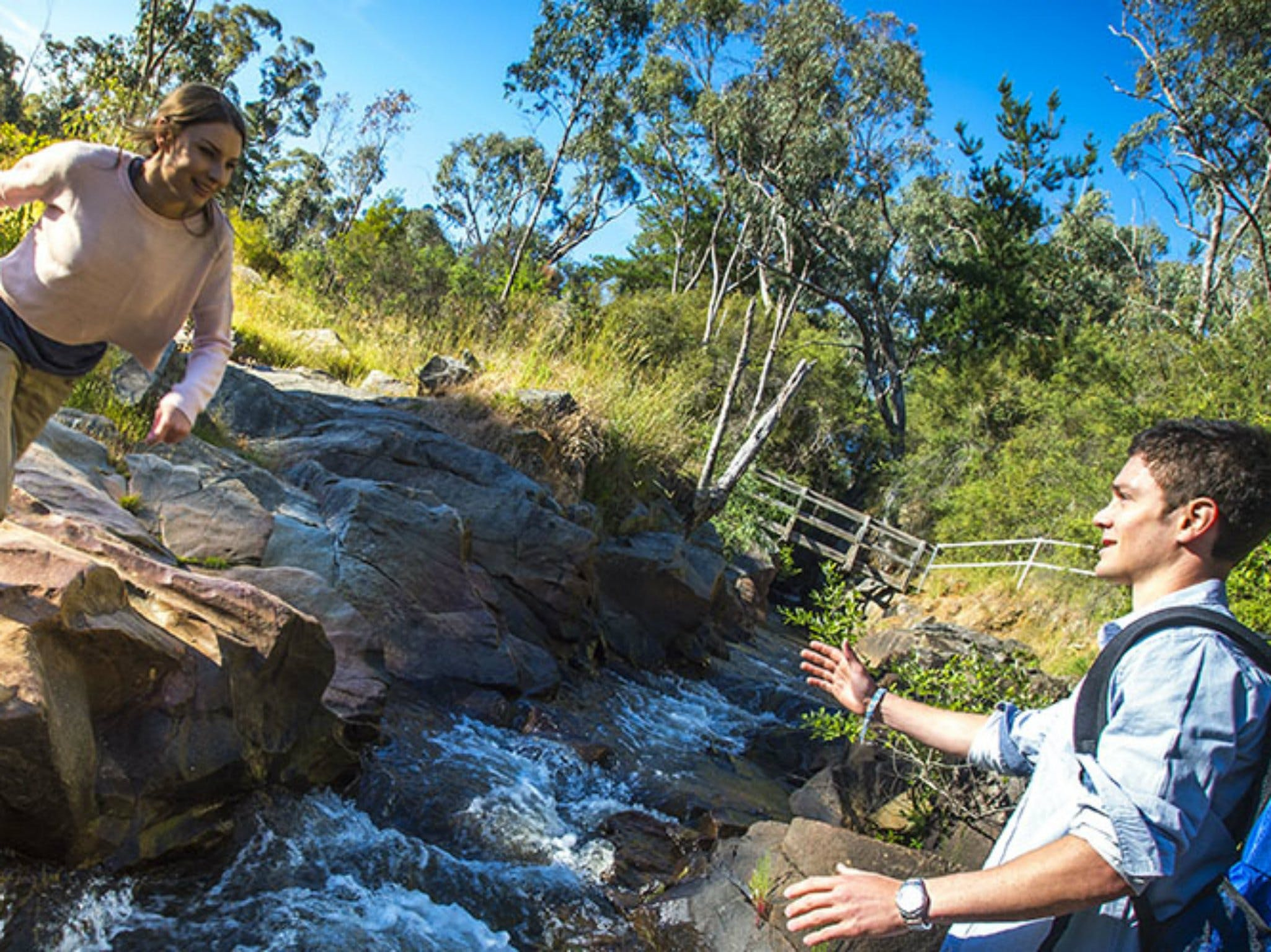Yackandandah Gorge Scenic Walk - Accommodation QLD