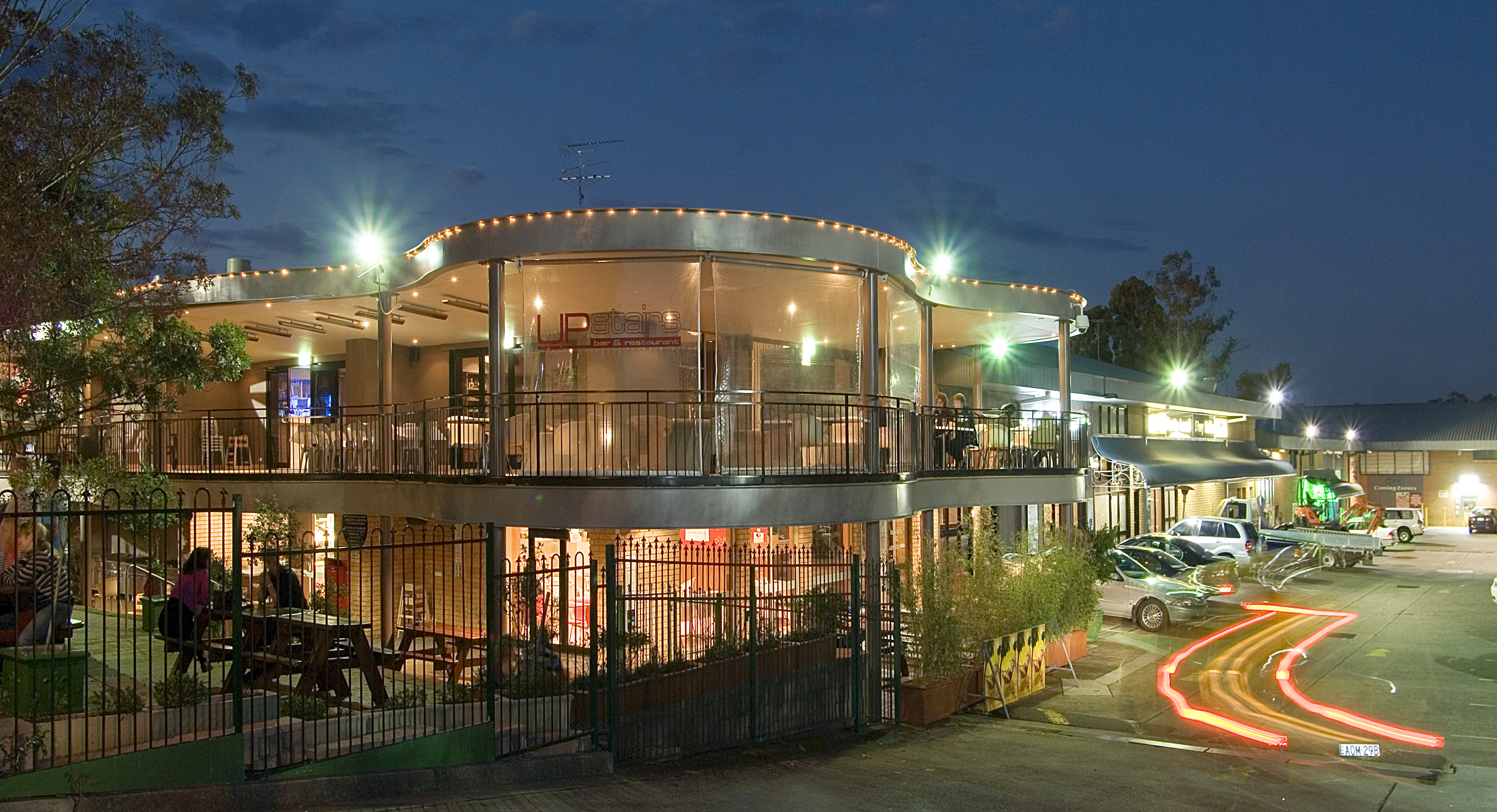 Castle Hill Tavern - Accommodation QLD