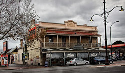 Royal Oak Hotel - Accommodation QLD