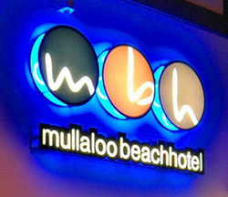 Mullaloo Beach Hotel - Accommodation QLD