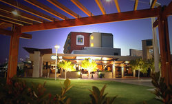 Carindale Hotel - Accommodation QLD