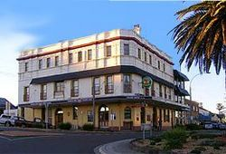 The Grand Hotel - Kiama - Accommodation QLD