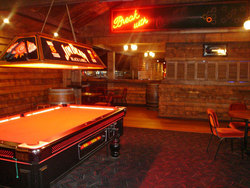 Spurs Saloon - Accommodation QLD