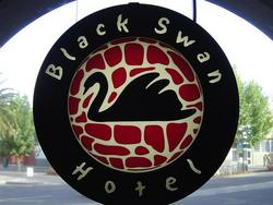 Black Swan Hotel - Accommodation QLD