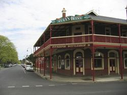 Ryans Hotel - Accommodation QLD