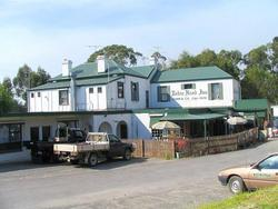 Robin Hood Hotel - Accommodation QLD