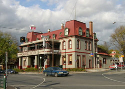 The Grand Hotel Healesville - Accommodation QLD