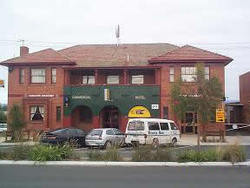 Commercial Hotel Hayfield - Accommodation QLD