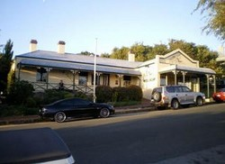 Earl of Spencer Historic Inn - Accommodation QLD