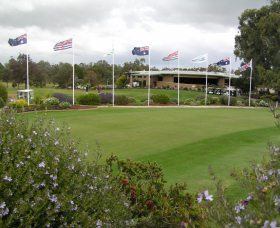 Tocumwal Golf Club - Accommodation QLD