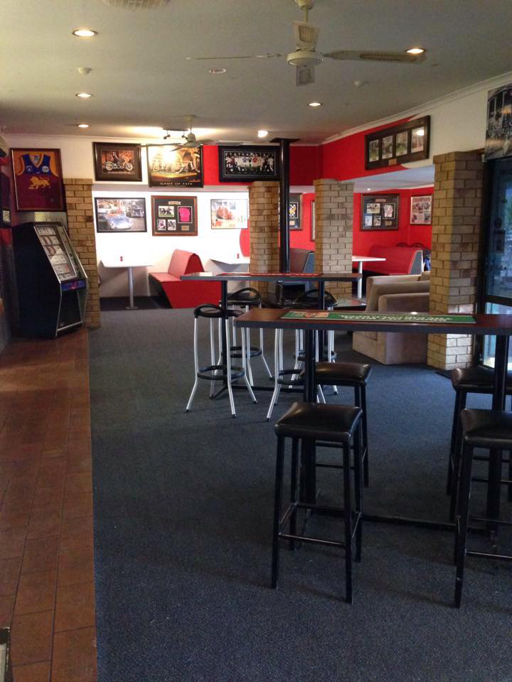 The Back Page Sports Bar  Grill - Accommodation QLD