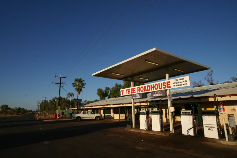 Ti Tree Roadhouse - Accommodation QLD