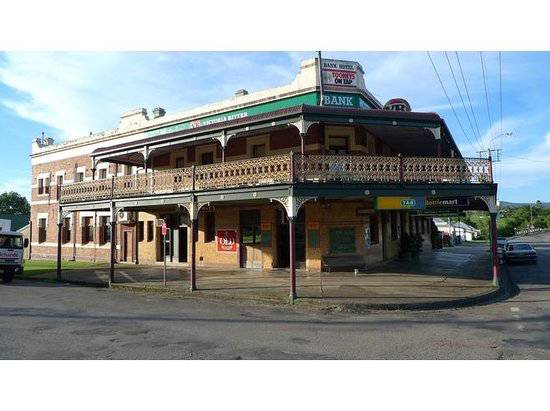 Bank Hotel Dungog - Accommodation QLD