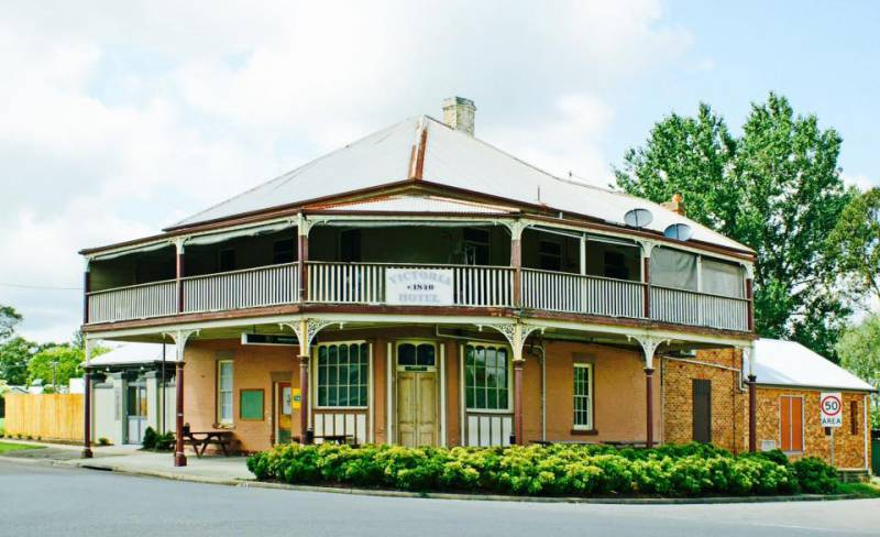 The Victoria Hotel Hinton - Accommodation QLD