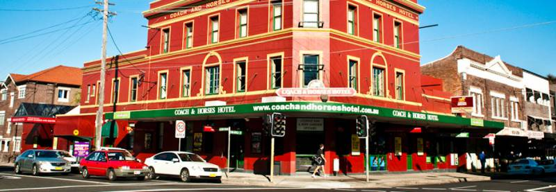 The Coach  Horses Hotel - Accommodation QLD