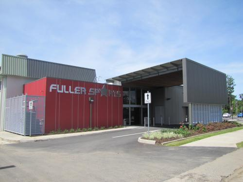 Fuller Sports Club - Accommodation QLD