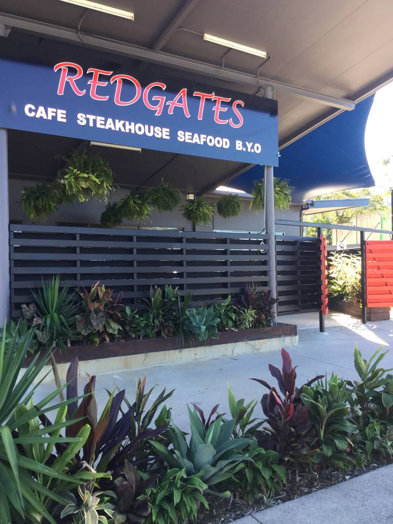 Redgates Caf Steakhouse Seafood - Accommodation QLD