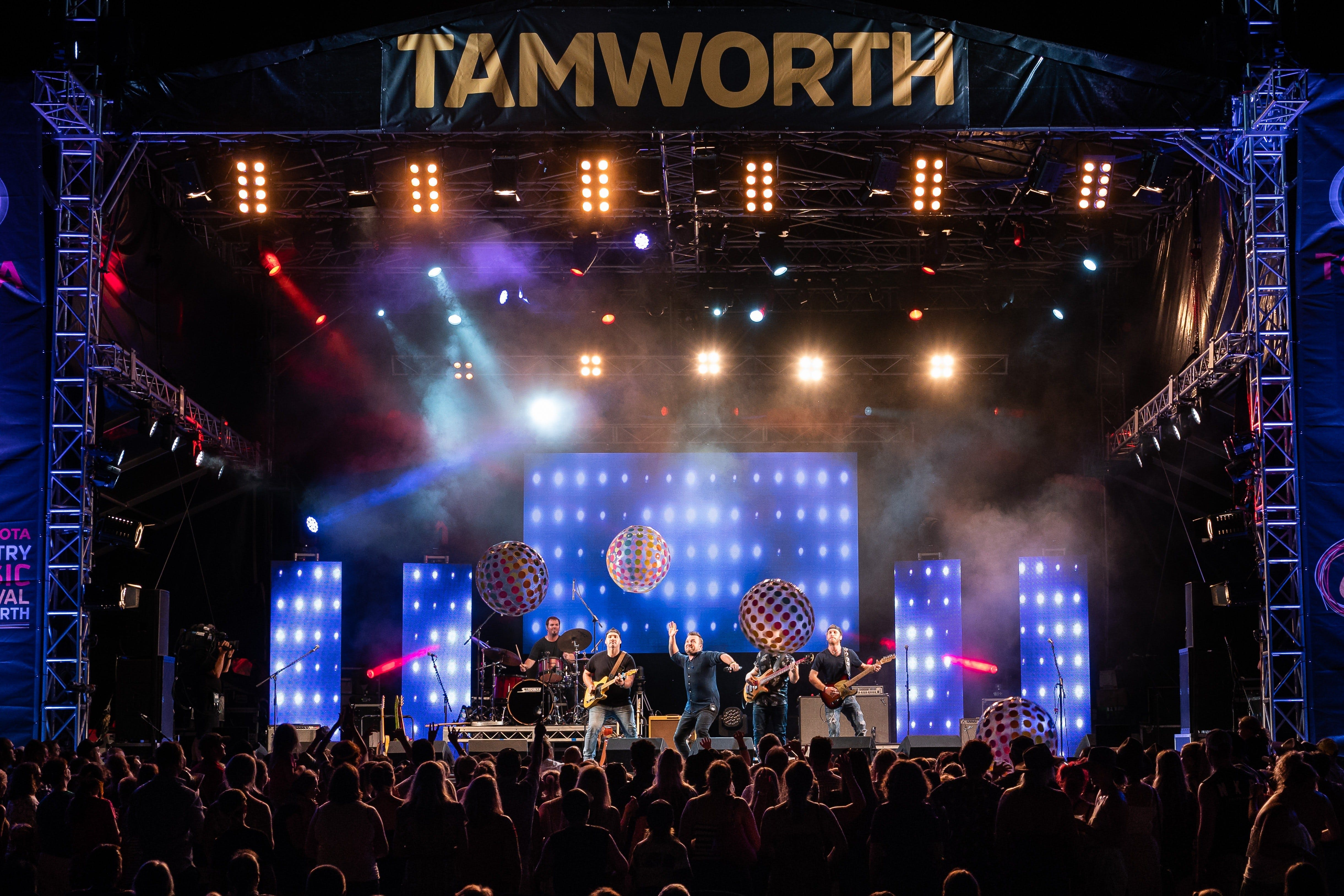 Toyota Country Music Festival Tamworth - Accommodation QLD