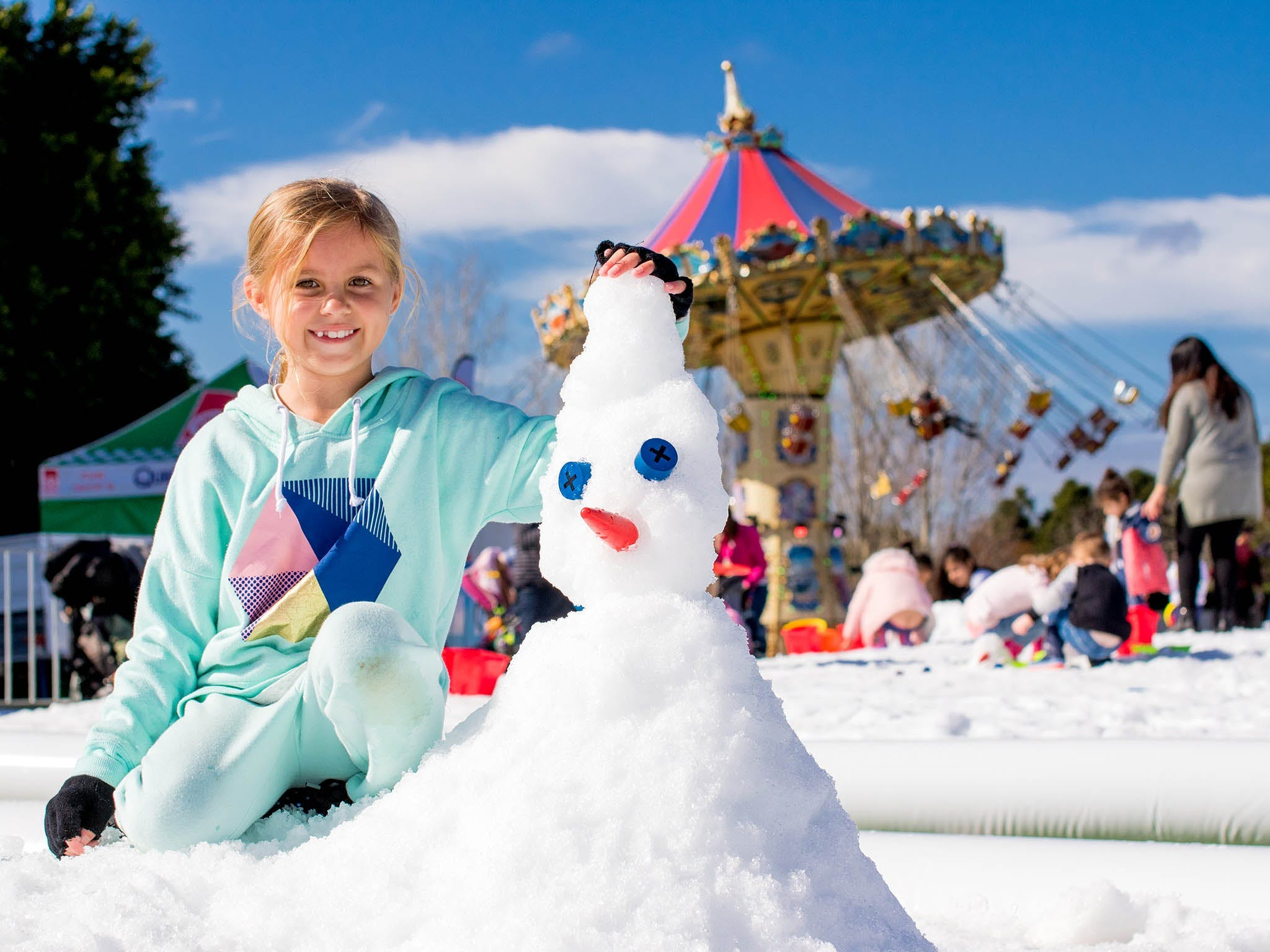 Snow Time in the Garden - Hunter Valley Gardens - Cancelled - Accommodation QLD