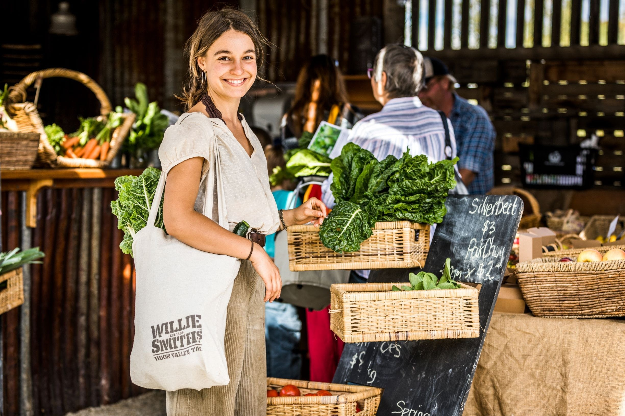 Willie Smith's Artisan and Produce Market - Accommodation QLD